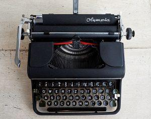 Olympia SM1 Typewriter image