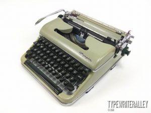 Olympia SM4 1960 Typewriter