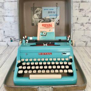 Roysl Quiet Deluxe Typewriter Image