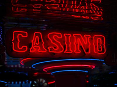 Online Casino Gaming: 8 Tips for Beginners