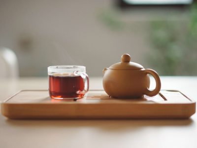 The Benefits of Drinking Hot Tea Instead of Cold Tea